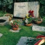 Grob Hermana Hesea i njegove treće supruge Nion Hese
